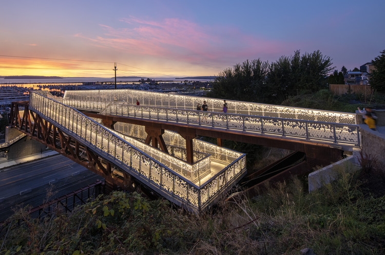 Grand Avenue Park Bridge / LMN Architects, © Adam Hunter / LMN Architects
