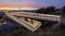 Ponte Grand Avenue Park / LMN Architects