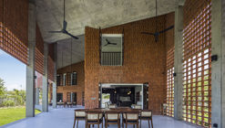 Chalet Tropical / G8A Architecture & Urban Planning