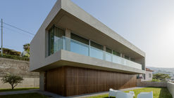 Casa no Vale Formoso / AA. Arquitectos