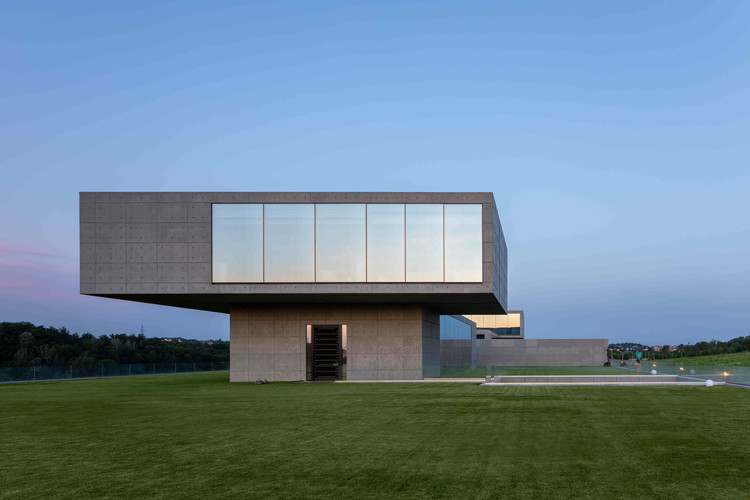 Casa FUTAGO / Sergey Makhno Architects, © Serhii Kadulin