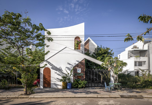 Wind's House / Green Concept + Nha Cua Gio