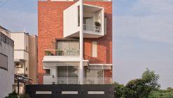 MANGALAM House / JGP Consultants