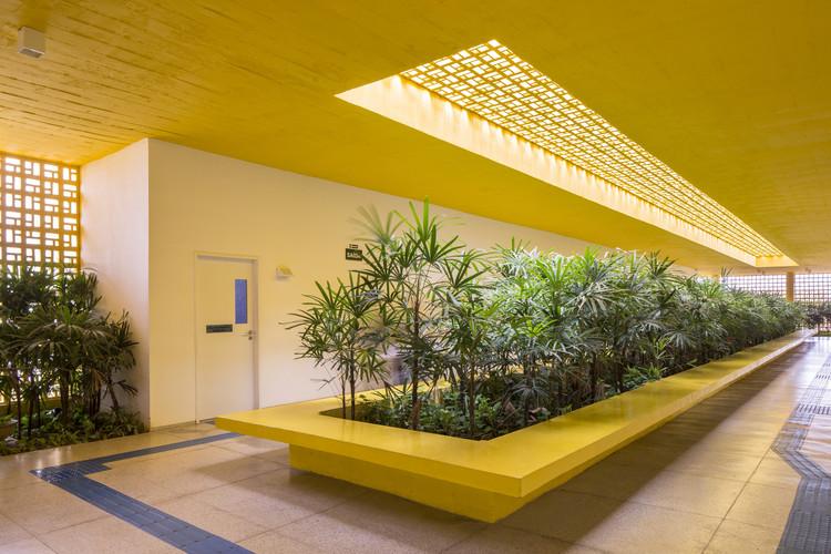 Núcleo de Prática Jurídica Unileão / Lins Arquitetos Associados. Imagem © Joana França