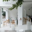 a 9 - Coffee Shop & Home: Nhà lô góc phố 2 mặt tiền đẹp nổi bật khu phố
