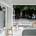 a 12 - Coffee Shop & Home: Nhà lô góc phố 2 mặt tiền đẹp nổi bật khu phố