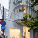 a 36 - Coffee Shop & Home: Nhà lô góc phố 2 mặt tiền đẹp nổi bật khu phố