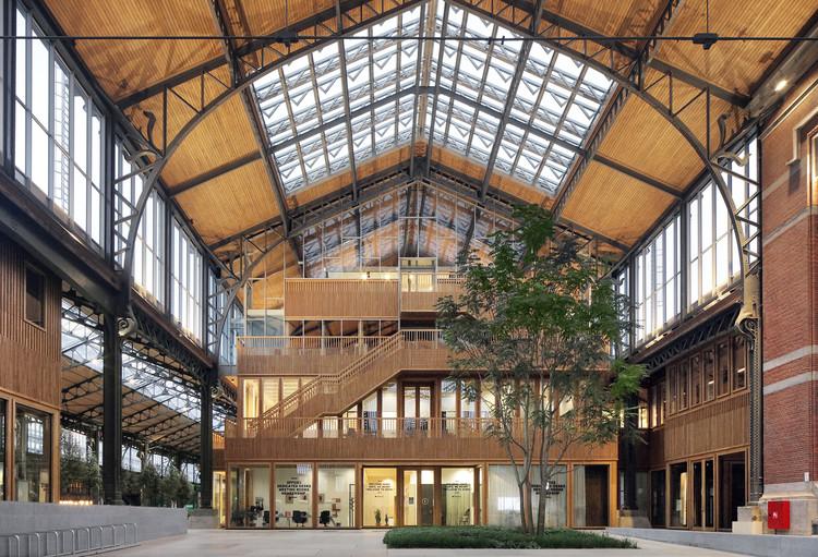 Complejo de uso mixto Gare Maritime / Neutelings Riedijk Architects + Bureau Bouwtechniek, © Filip Dujardin © Neutelings Riedijk Architects