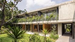 Casa Agua  / ViGa Arquitectos