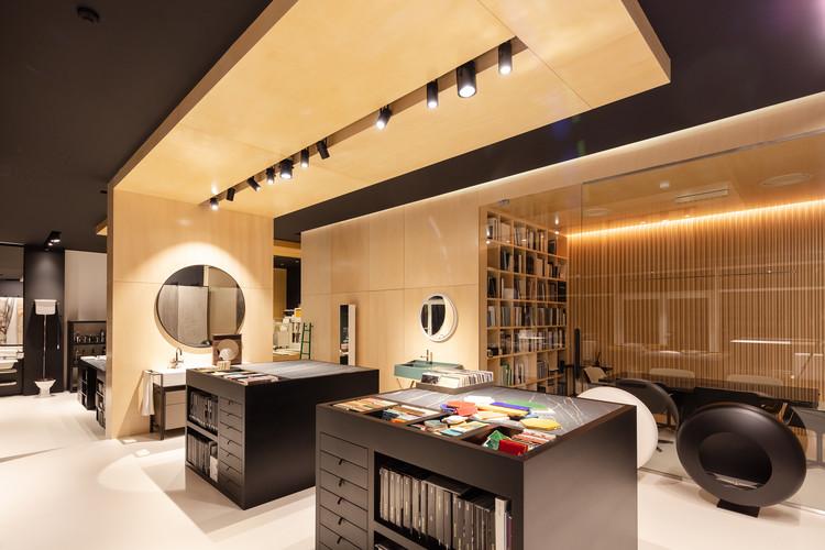 Showroom Balnenum Design  / RH+ Arquitectos, © João Morgado