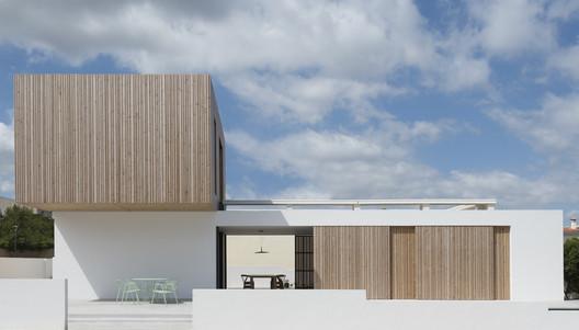 GT House / Diàfan Arquitectura