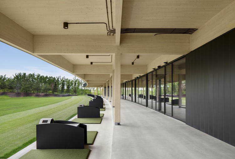 Caddies & Clubhouses: The Architecture of Golf, © Stéphane Brügge