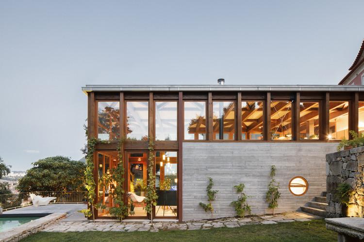 Casa Golgota / Floret, © Ivo Tavares Studio
