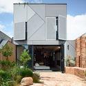 AMA Union59530 - Union House: Ngôi nhà mới nhiều tầng, vui tươi
