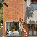 04 - The Box House: Ngôi nhà với những mảng xanh đồng bộ với thiên nhiên