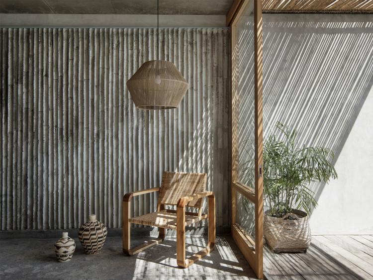 Fôrmas de bambu em projetos de concreto aparente, Hotel The Tiiing / Nic Brunsdon. Image © Ben Hosking