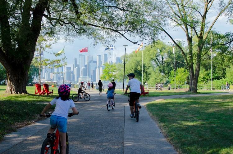 Como desenhar espaços urbanos mais seguros e saudáveis para crianças, Foto de Narciso Arellano, via Unsplash