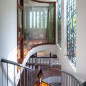 14 - L House: Nhà của vợ chồng trẻ và 2 con nhỏ nhiều ánh sáng, hiện đại đẹp