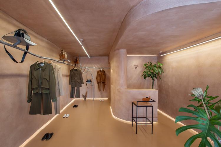 Loja Misci / Babbie Arquitetura e Interiores + Airon Martin, © André Klotz
