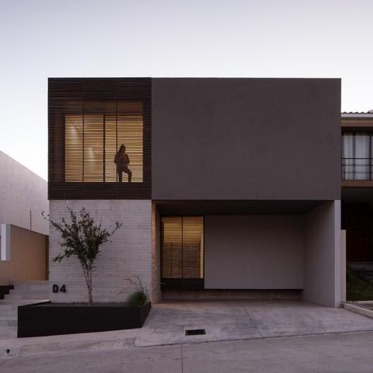 Casa D-4 / TAI Arquitectos