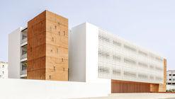 Frontistério de Concreto / Tarik Zoubdi Architecte + Moubir Benchekroun Architect