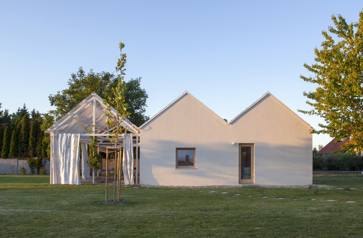 Summer House / totalstudio, © Eva Benková