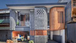 Baan Priggang / BodinChapa Architects