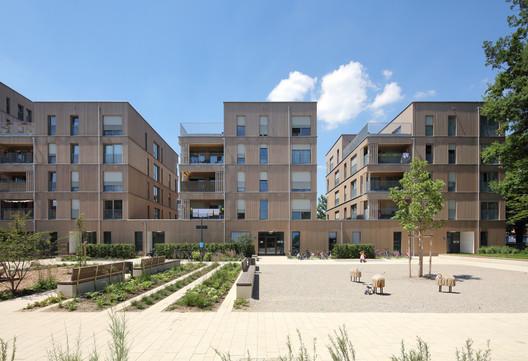 Prinz-Eugen-Park Residential Complex / Rapp Architekten