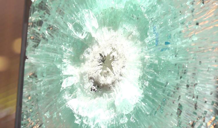 ¿Cómo elegir un vidrio de seguridad?, Cortesía de Cristales Dialum