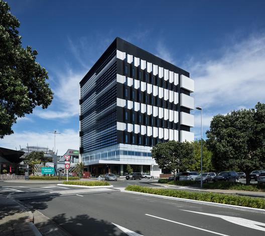 ANZ Raranga at Sylvia Park / Architectus