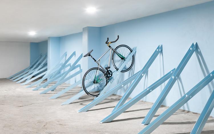 Bici: Estacionamiento para bicicletas / Zeller & Moye, © Dane Alonso