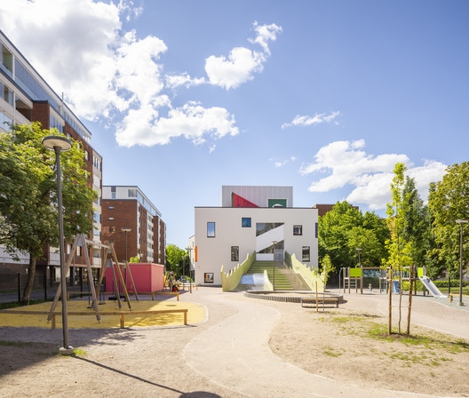 Tikkurila Daycare Center / Parviainen Architects