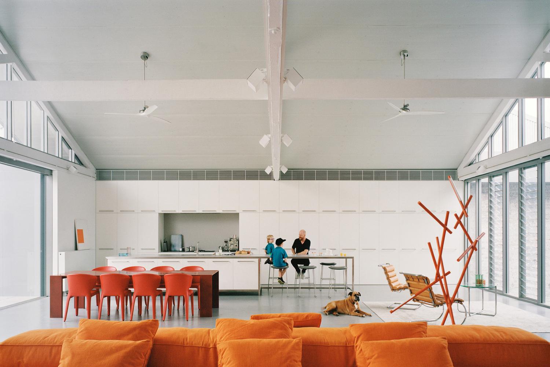 Confort olfativo en la arquitectura y el impacto de los olores en el bienestar,Redfern Warehouse / Ian Moore Architects. Image © Rory Gardiner