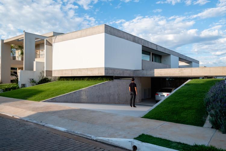 Casa Petry / Estúdio MRGB, © Hermes Romão