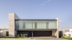 Casa Ribas / Estúdio MRGB