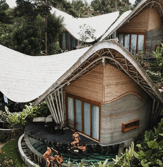 Ulaman Retreat / Inspiral Architecture and Design Studios
