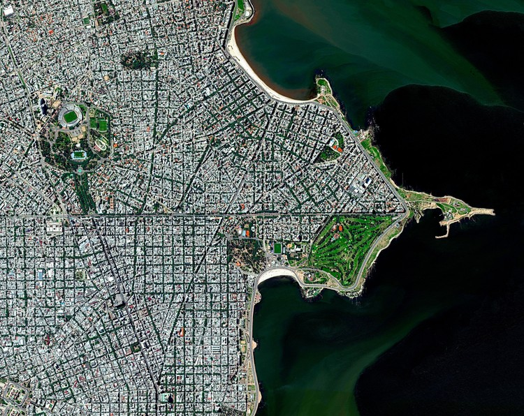 How to Achieve a Resilient City? First, Let it Shape Itself, Montevideo, Uruguay. Image ? Daily Overview