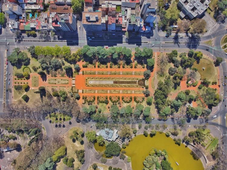 Parque Independencia - Jardín Francés . Image © Federico Andres Padin