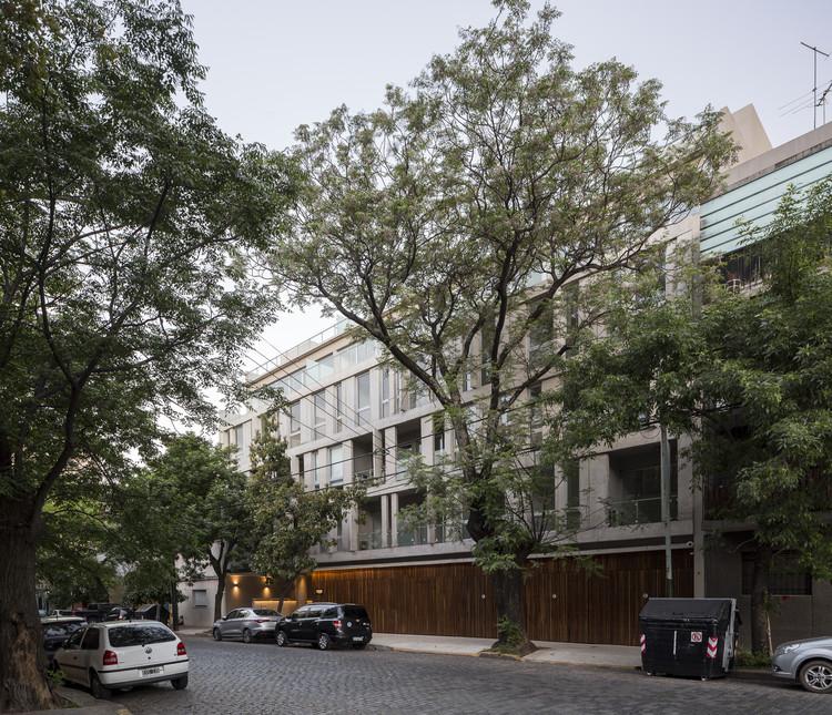 Edificio Conde – Entreverdes Colegiales / Estudio Abramzon + Estudio ZZarq, © Fernando Schapochnik
