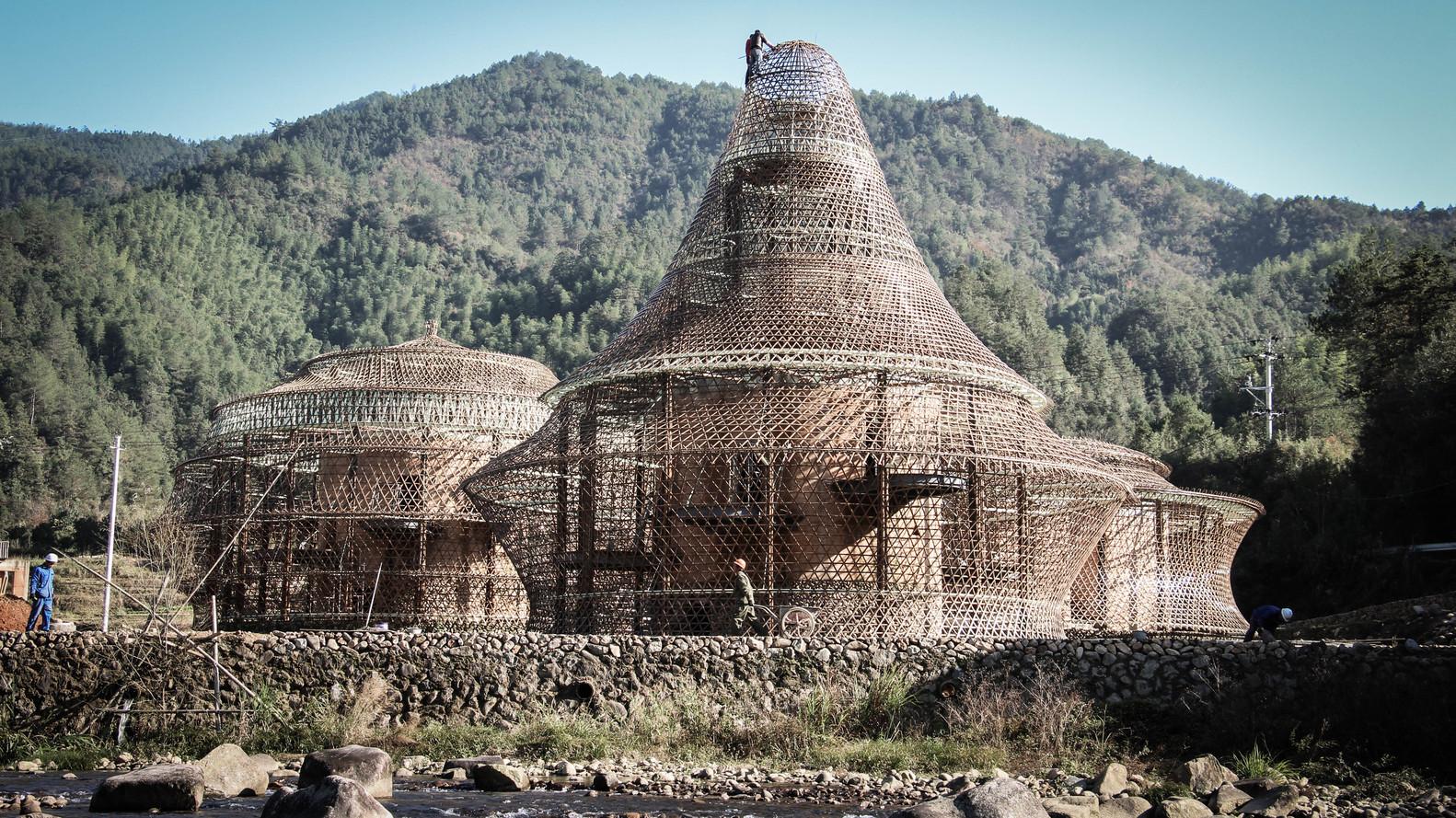Bamboo Hostels China / Studio Anna Heringer