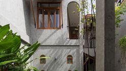 Hostel Jardim Oculto / Full Scale Studio