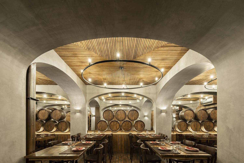 Barril Restaurant / Paulo Merlini arquitetos