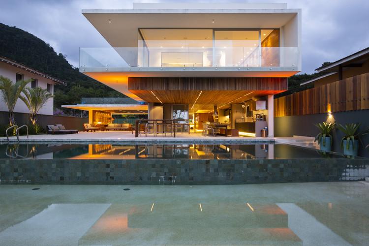 Casa Nort / TOLEDO ArqDesign+partners, © Edu Euka