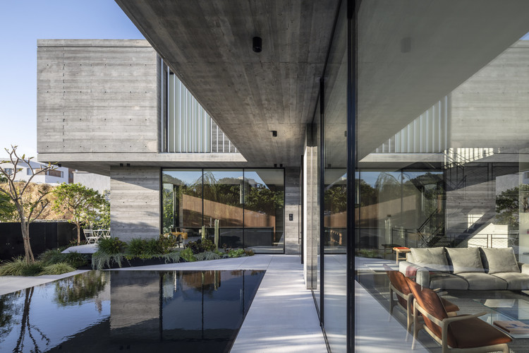 House in Ramat-Hasharon / Levin Packer architects, © Amit Geron