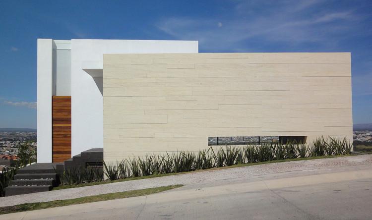 Casa DV / ze_Arquitectura. Image Cortesía de ze_Arquitectura