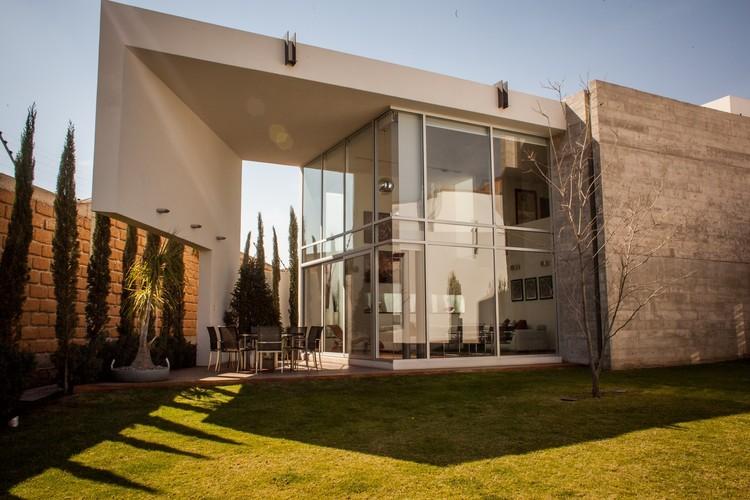 Villa de Loreto House / Grupo Volta. Image © Carlos Galarza