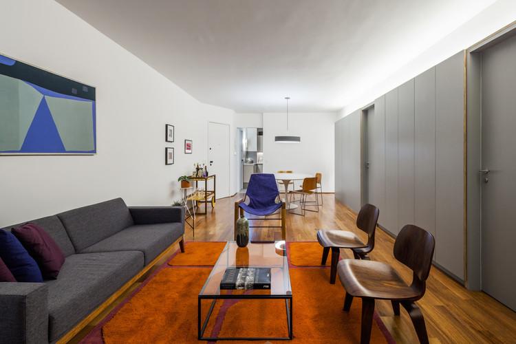 Apartamento João Moura / Canoa Arquitetura + Pedro Del Guerra, © Rafaela Netto