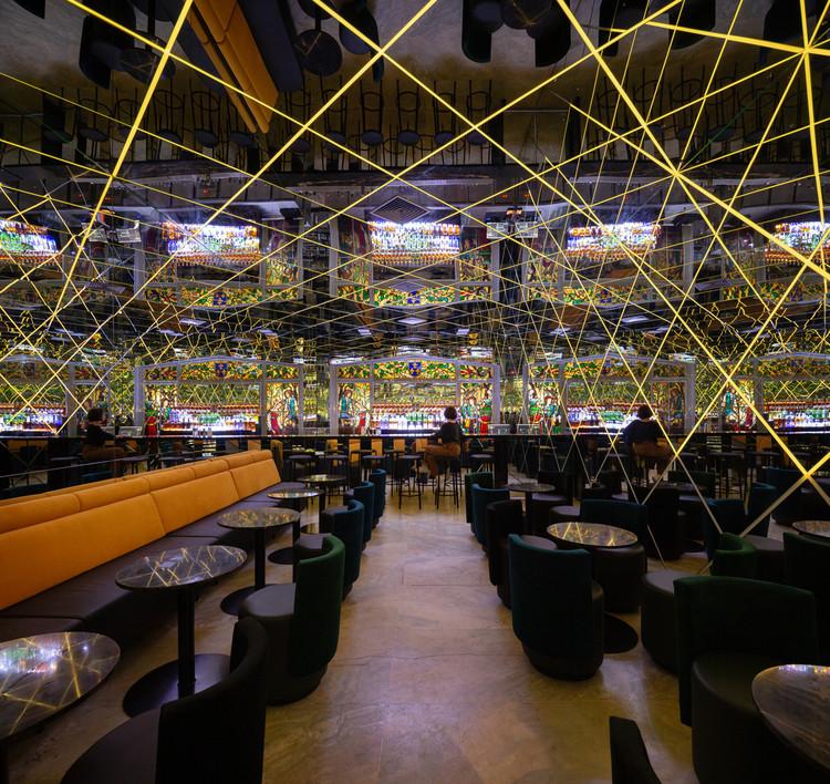 Interiores boêmios: a arquitetura dos bares de São Paulo, Bar INFINI / FUTURA ESTUDIO. Imagem © Manuel Sá