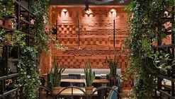 Restaurante Ugli / loft buro