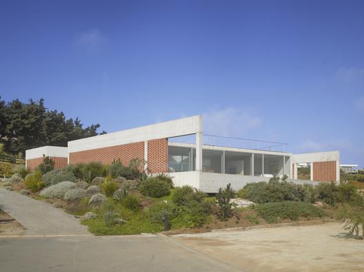 Casa roja / Panorama Arquitectos + dRN Arquitectos
